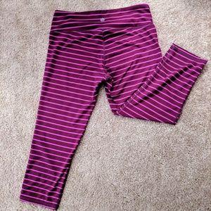 Athleta striped cropped leggings